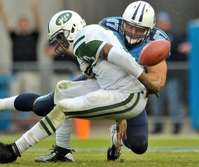 Jets Routed by Titans 38-13