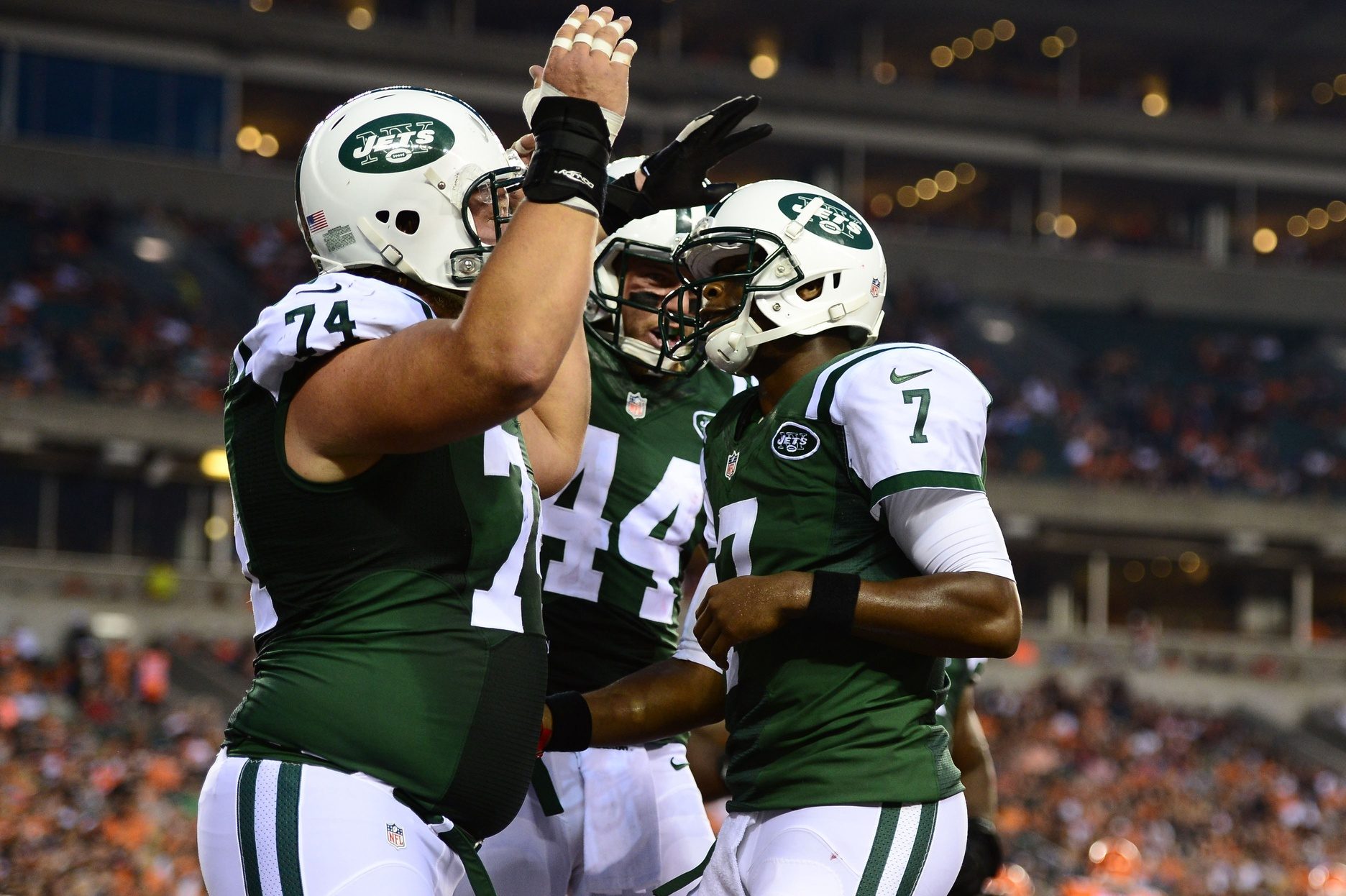 Jets Top Bengals; 2 & 0 In Preseason
