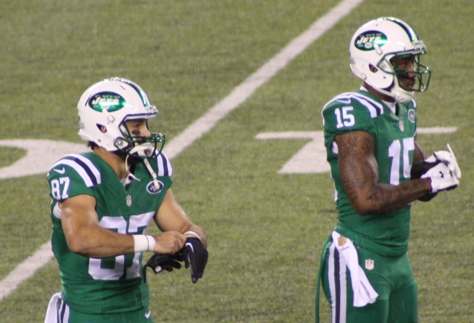 Marshall, Decker Welcome Jets Offense to new Millenium