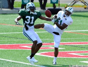 Cromartie breaks up a pass that was intended for Jeremy Kerley.