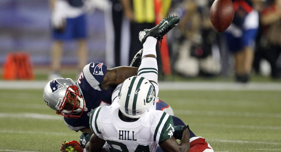 Jets Lose Ugly in New England, 13-10