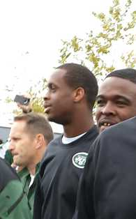 Jets QB Smith Incident At Airport / Winslow Accused of Lewd Act