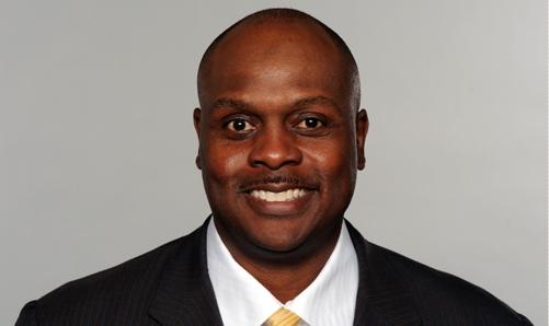Jets Coordinator Rodgers Turns up Heat on Milliner