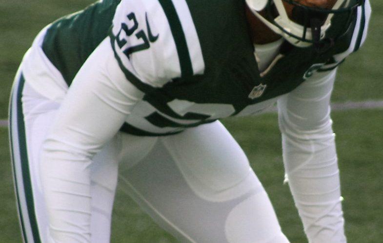 Jets Hope '16 Version of Milliner Boosts Dee