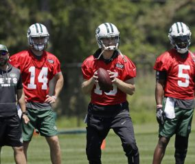 Jets Scuffle vs Redskins; Darnold Takes 1st Team Reps