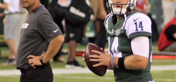Darnold Starts; Jets Lose as Offense Stalls Behind Patchwork O-line