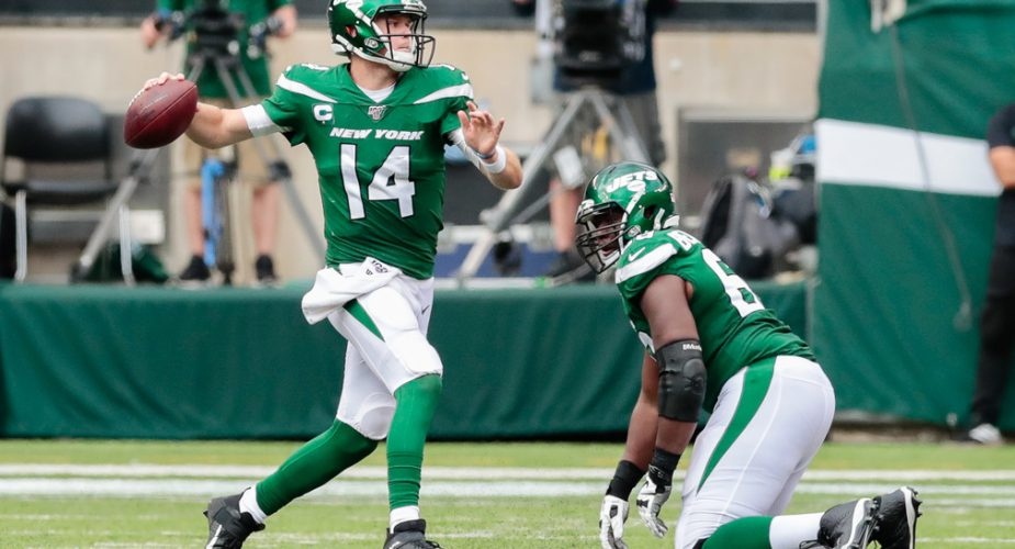 Jets Beat 'Boys 24-22 in First Win of Gase Era