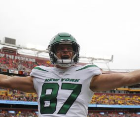 Jets Sign TE Daniel Brown (1-Year Contract Extension)