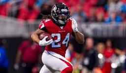 Report: Jets Showing Interest in RB Devonta Freeman