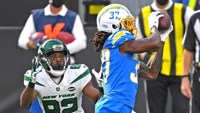 Jets @ Chargers Week 11 Game Recap: Late Game Push not Enough, Jets Fall 28-34