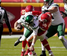 Jets @ Chiefs Week 8 Recap: Mahomes Pounds Jets for 5 Scores; Fall to 0-8