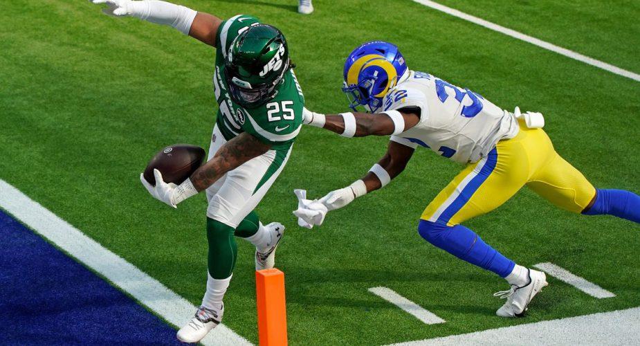 Jets @ Rams Week 15 Game Recap: New York Upset Rams, Finally Win