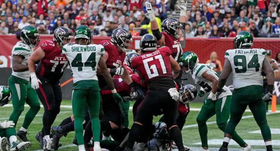 Jet Lagged; Gang Green Comes out Flat in 27-20 London Loss to Falcons